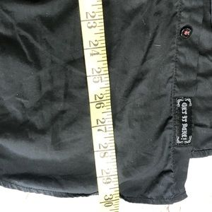 Roar Shirts - Roar   black medium button down